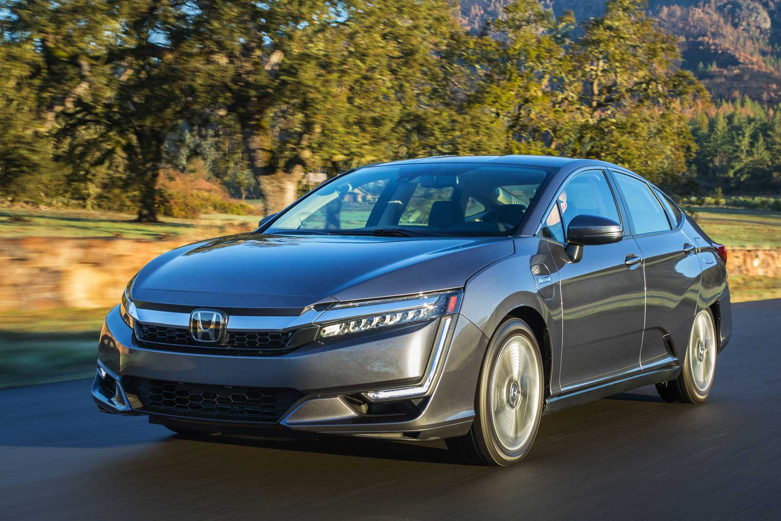 2021 Honda Clarity Gets A $3,515 Price Increase In Canada ...