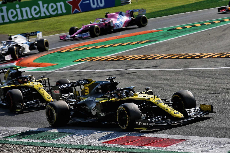Daniel Ricciardo in the Renault F1 Team R.S.20 during the 2020 Italian Grand Prix in Monza