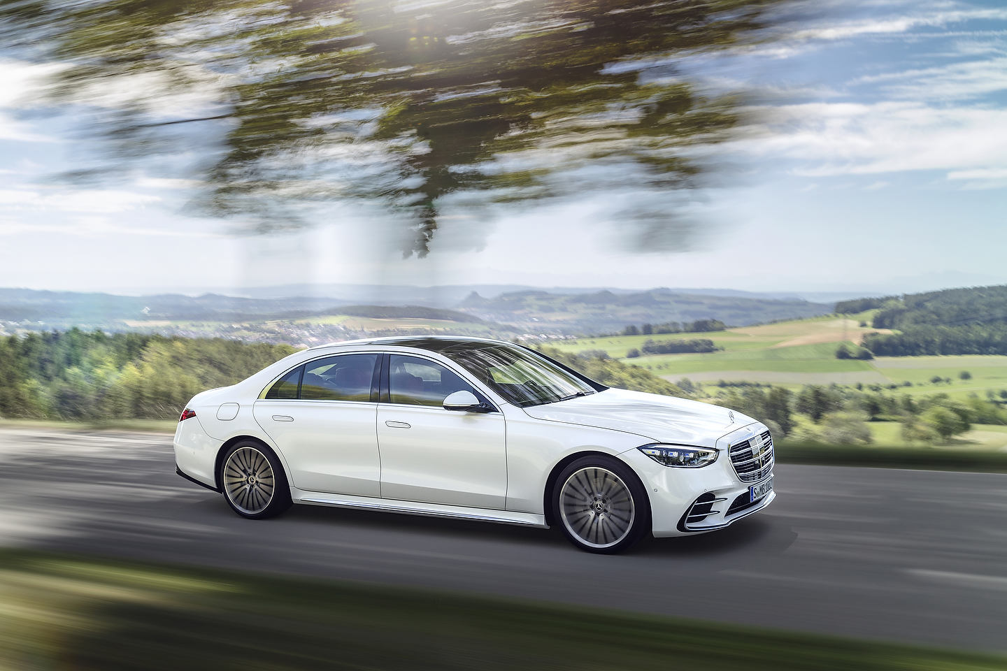 5 Mercedes-Benz S-Class Is Bigger And More Powerful Than Ever
