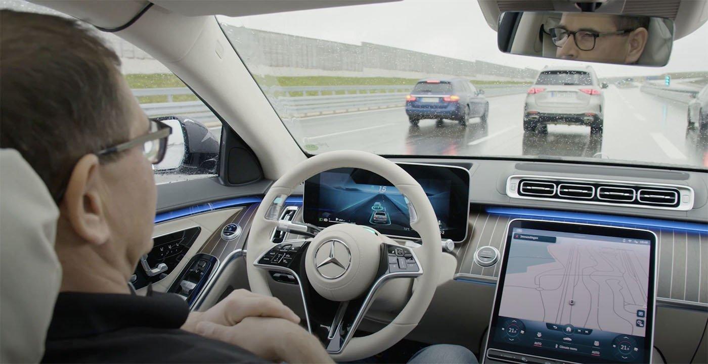 2021 Mercedes-Benz S-Class Intelligent Drive