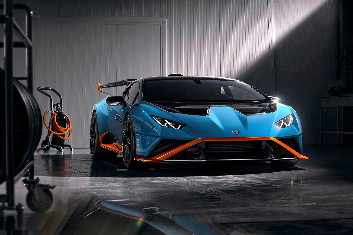 The New Lamborghini Huracan Sto Is Not For The Faint Of Heart Motor Illustrated