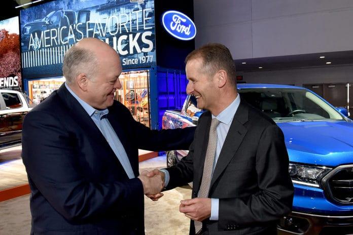 Jim Hackett (Ford) and Herbert Diess (Volkswagen)