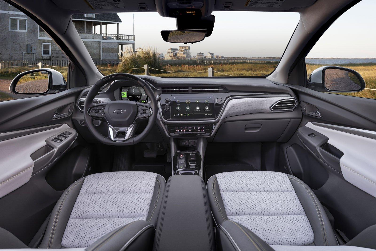 Chevrolet bolt euv interior