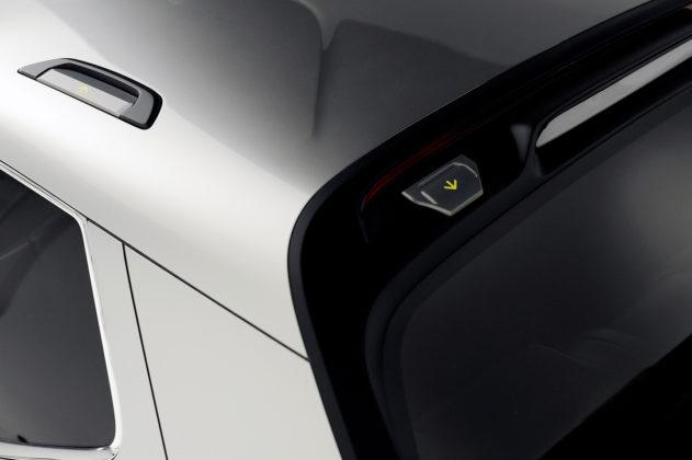 Hyundai Santa Cruz Crossover Truck Concept hooks