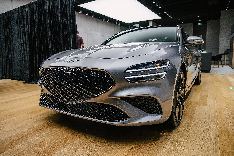 2022 Genesis G70
