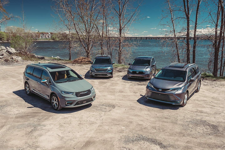 (L-R) 2021 Chrysler Pacifica, 2022 Kia Carnival, 2021 Honda Odyssey, 2021 Toyota Sienna