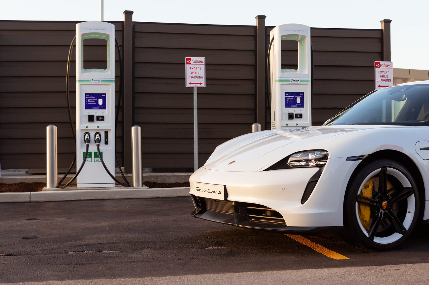 2021 Porsche Taycan first EV to use the innovative payment system on Electrify Canada network
