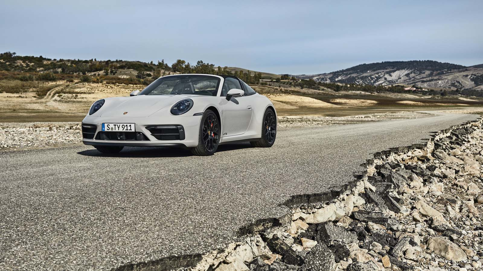 992 Porsche 911 GTS | Photo: Porsche