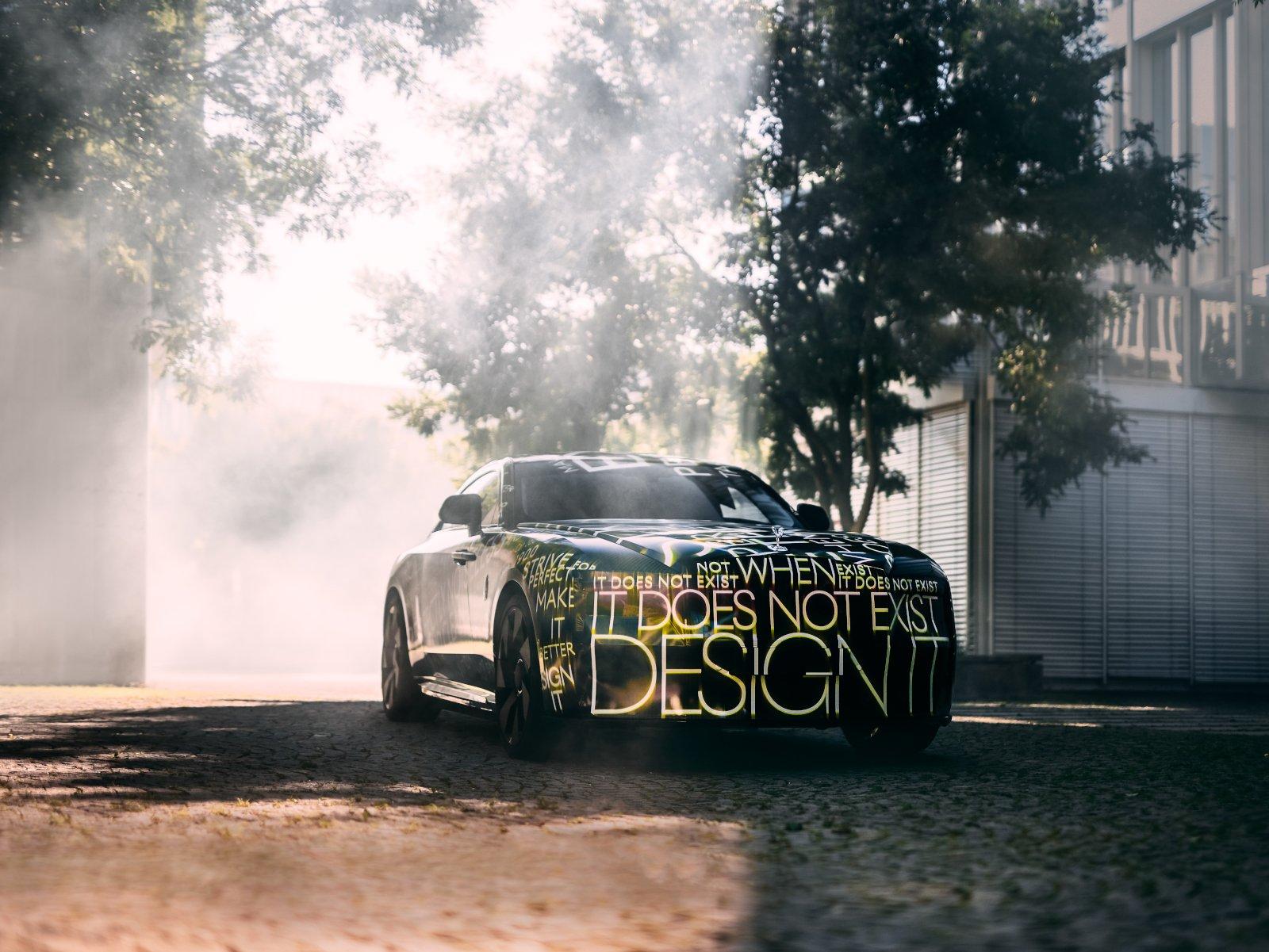 Rolls-Royce Spectre (01)