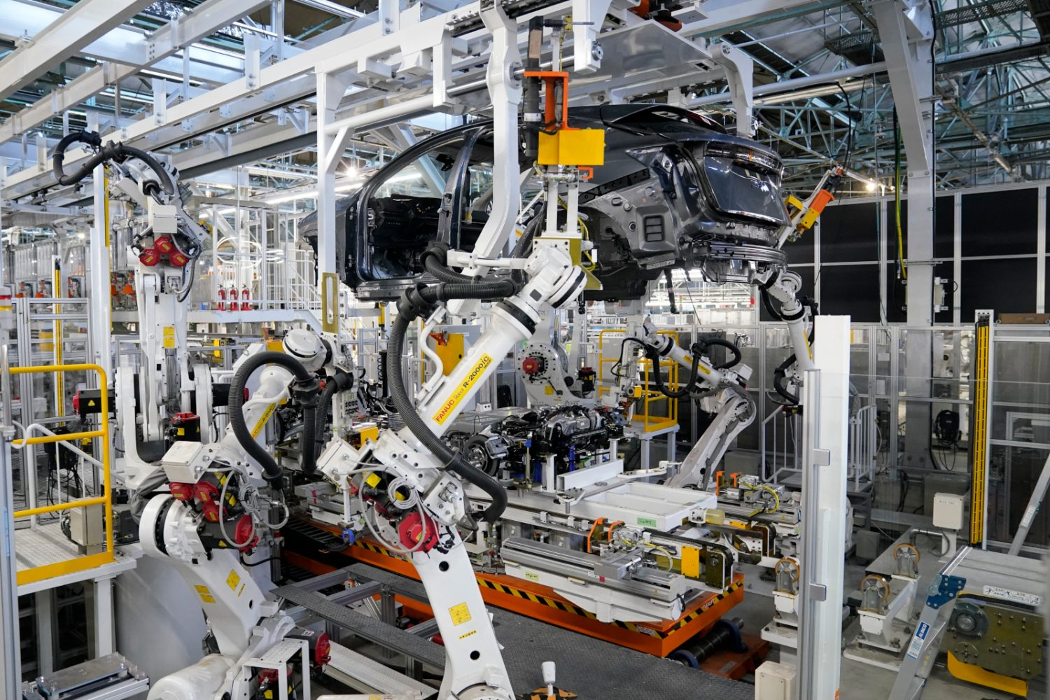 Production of the Nissan Ariya in the Intelligent Factory